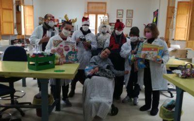 """Visita del Rey Melchor al Centro Ocupacional """"El Lucero"""""""