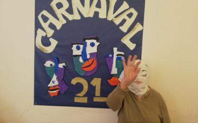 Los Mayores celebran el Carnaval en la Residencia